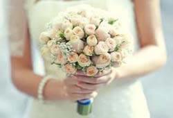 Bruidsbloem arraggementen