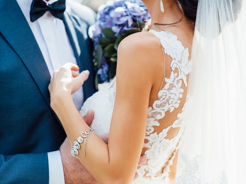 Hoe combineer je je stropdas en overhemd bij je trouwkostuum