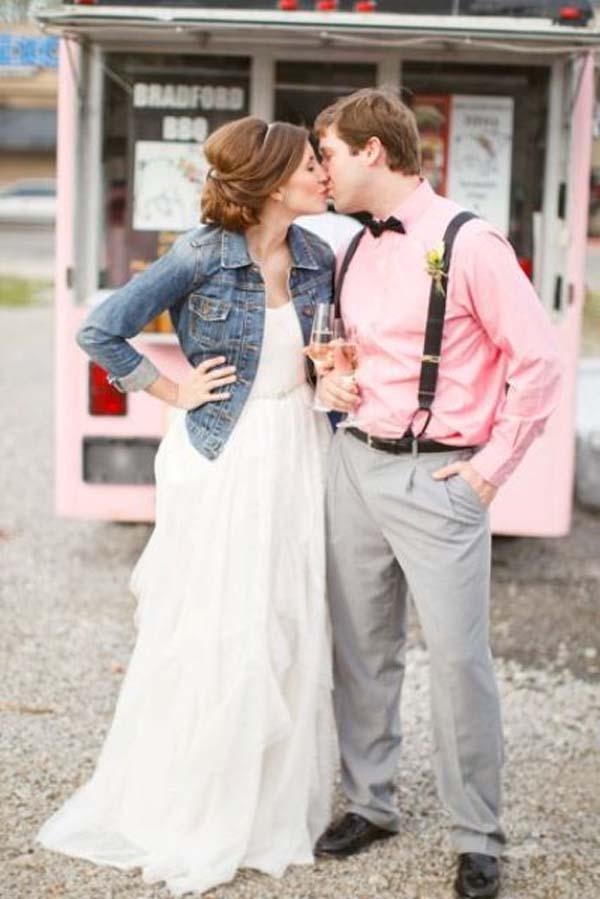 Jeansjasje bij Boho stijl bruid