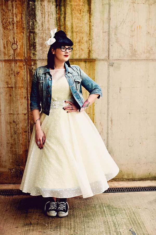 Jeansjasje Rock bij petticoat bruidsjurk