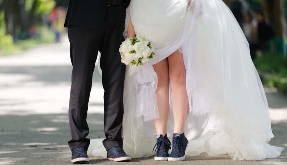 Sneakers en gympen voor de bruid