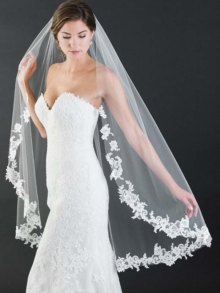 knielengte bruidssluier
