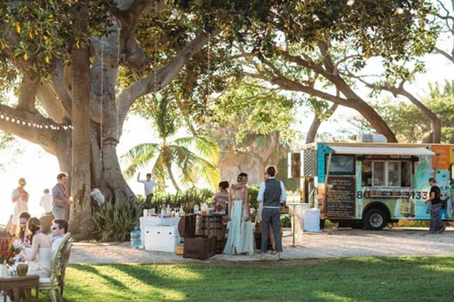 Foodtruck bruiloft boerderij