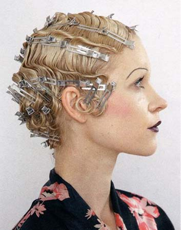 Pin krullen zetten bruid kort haar