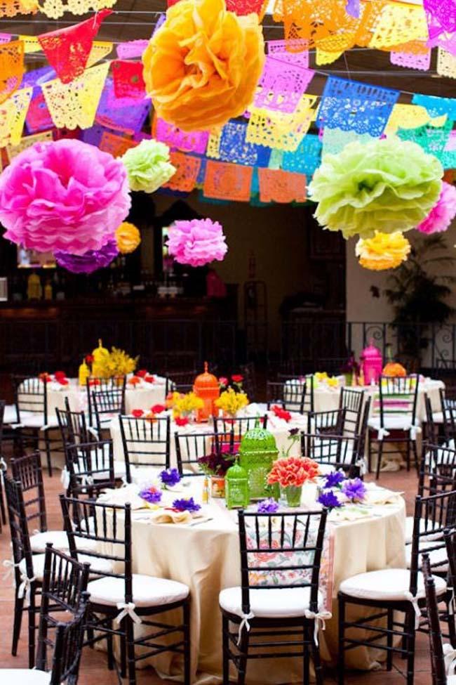 kleurrijke bruiloft decoratie