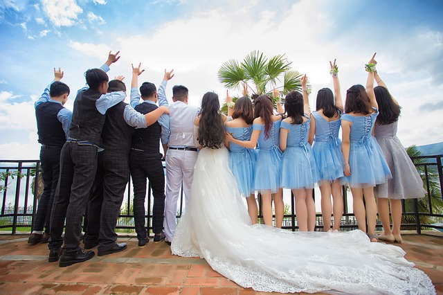 Bruidsmeisjes en grooms