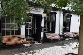 Trouwen in een oude slijterij Leiden